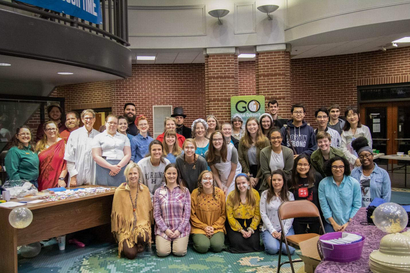 This is a photo of the Phi Alpha Theta chapter at Harding.