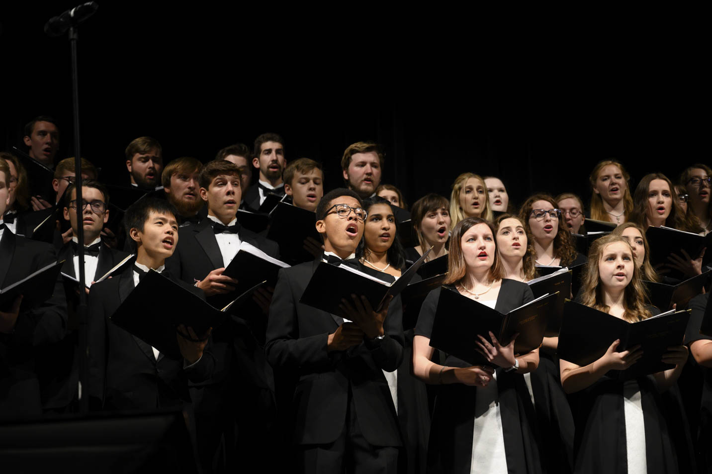 This is a photo of Harding University's concert choir.