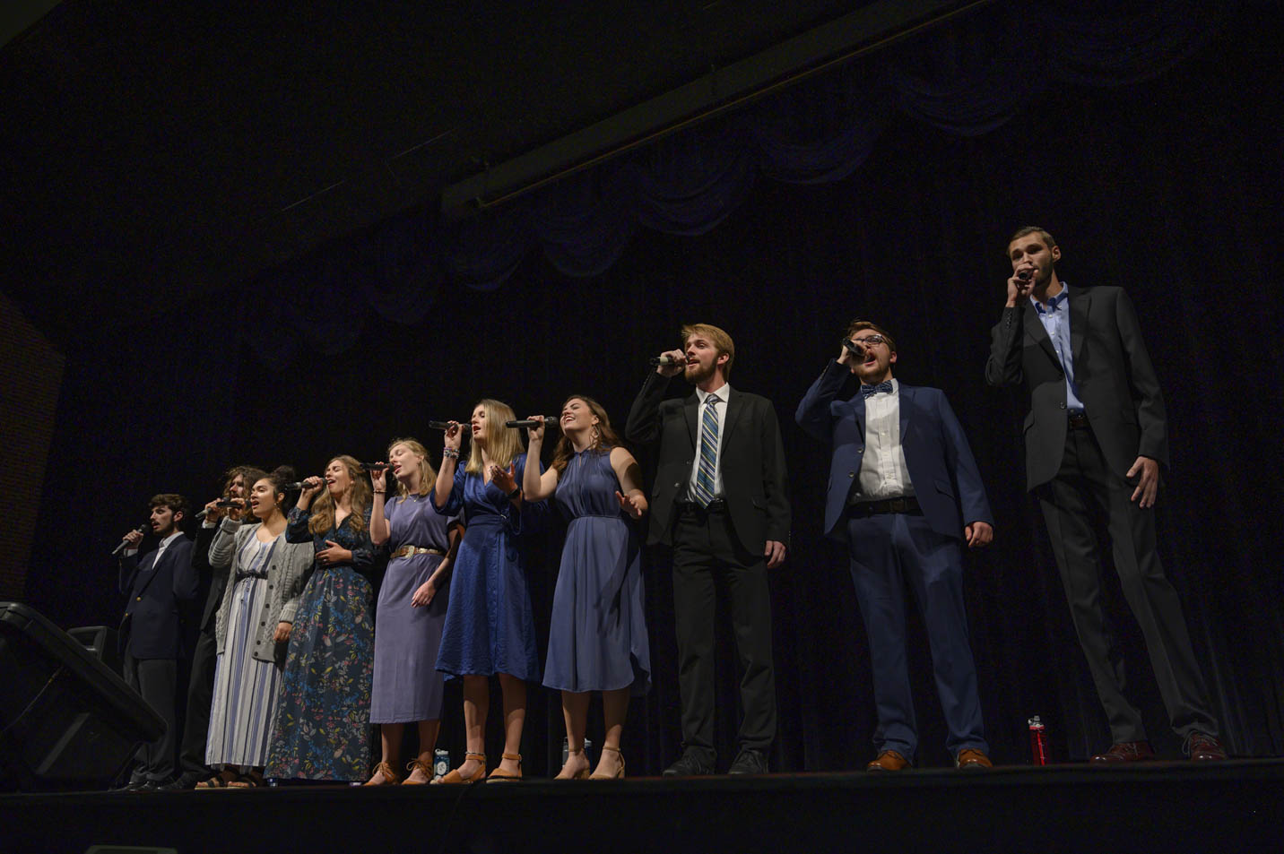 This is a photo of Harding University's Good News Singers Ensemble group.