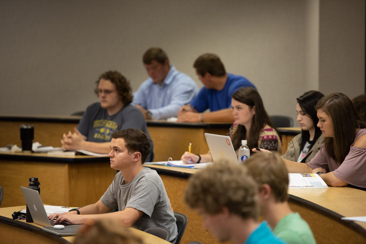 This is a photo of students in a business class at Harding.