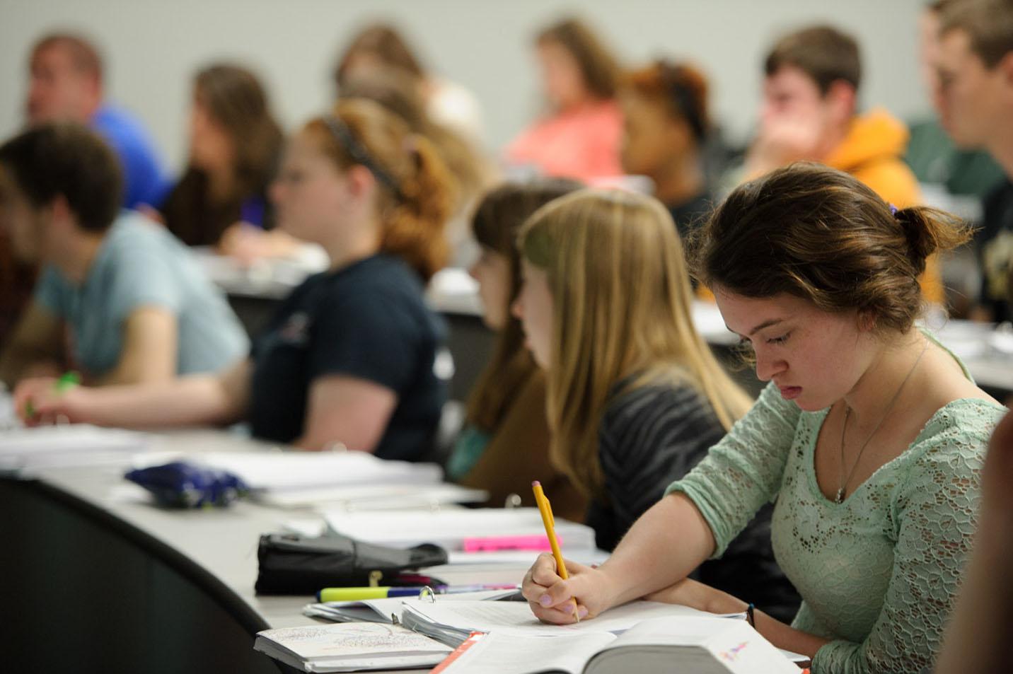 Harding university admissions essay